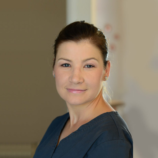 Agnieszka Pomorska – Zniszczyńska - Specjalista Chorób Koni, Specjalista radiologii weterynaryjnej. - Przychodnia weterynaryjna Royal Vet Zamość